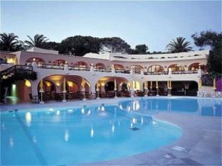 维拉劳拉塔拉萨度假酒店