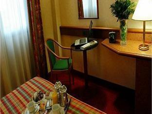 Holiday Inn Sud Hotel Turin - Guest Room