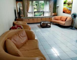 Mont Kiara Pines Suite