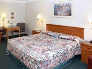 trivago Baymont Inn & Suites Grand Prairie