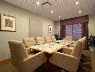 Wingate By Wyndham Calgary Hotel Calgary (AB) - Meeting Room