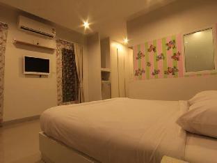 Kabantamor Resort Huahin guestroom junior suite