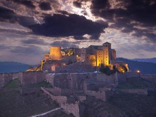 Best guest rating in Castelladral ➦  takes PayPal
