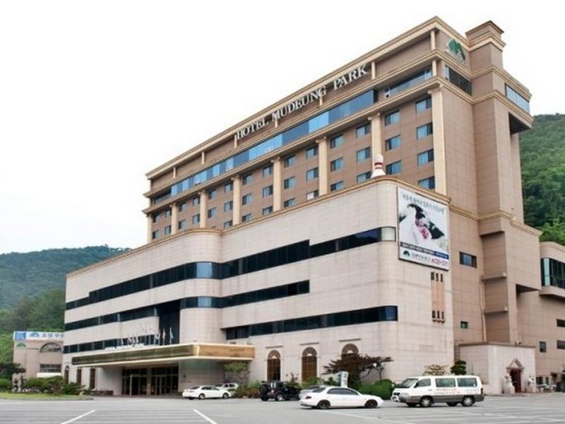 South Korea-���� ��ũ ȣ�� (Mudeung Park Hotel)