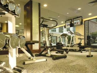 Golden Dragon Hotel Macao - Gym