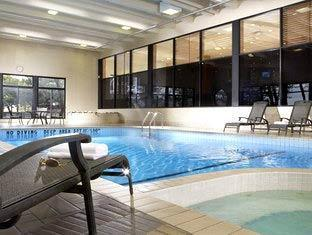 Four Points by Sheraton Toronto Airport Hotel Toronto - Piscina