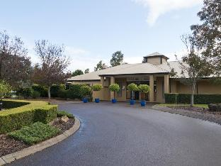 Leisure Inn Pokolbin Hill Hotel Hunter Valley takes PayPal