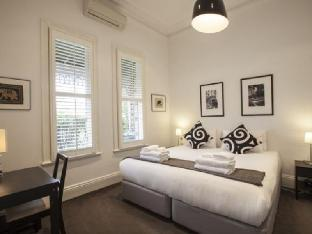 Best guest rating in Armadale North ➦  takes PayPal