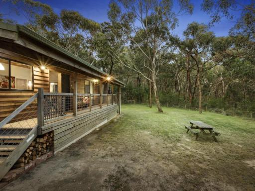book Great Ocean Road - Lorne hotels in Victoria without creditcard