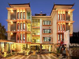 D Sri Saren Residence