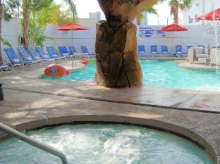 Blue Moon Gay Resort Las Vegas (NV) - Hot Tub