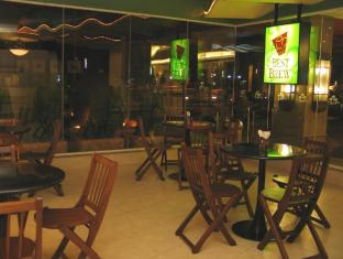 Crown Regency Suites And Residences - Mactan Mactan øy - Kaffebar/kafé
