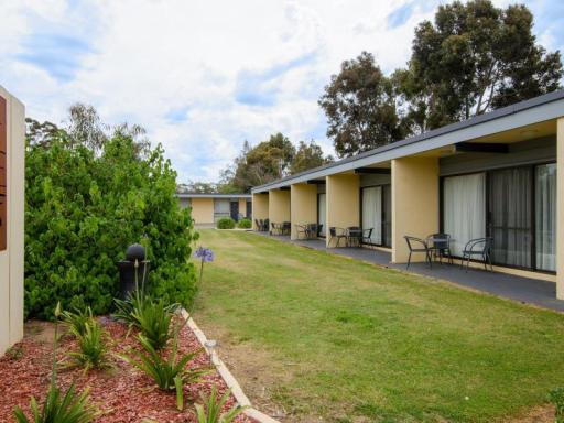 Best PayPal Hotel in ➦ Naracoorte: Limestone View