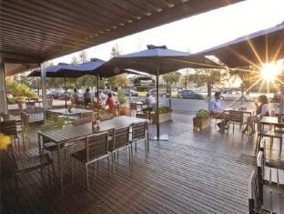 Comfort Inn Haven Marina Hotel Adelaide - Plank Kitchen and Bar