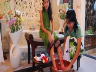 Rambutan Lovina Hotel Bali - Kylpylä