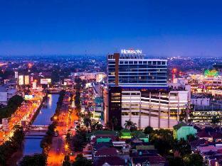 Horison Ultima Bekasi Hotel