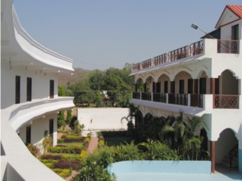 Monals Nest Resort - Corbett
