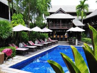 Manathai Village Hotel Chiang Mai - Swimming Pool