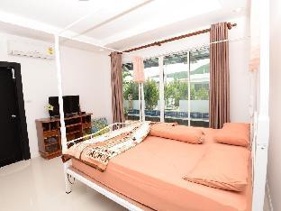 ホアヒン バーンパック プール ビラ Hua Hin Baanpak Pool Villa