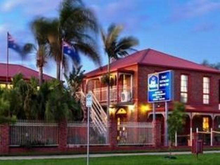 Early Australian Motor Inn photo 1