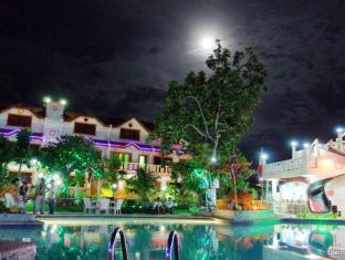 Cordova Home Village Resort