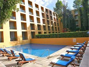 Camino Real Hotel Mexico City - Swimming Pool