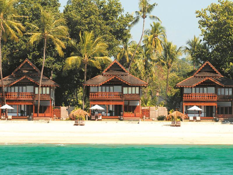 Amazing ngapali resort sandoway myanmar overview for Amazing all inclusive resorts