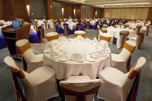 Best guest rating in Mussanah ➦  takes PayPal