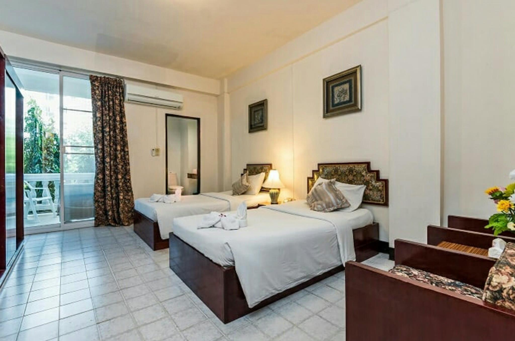 โรงแรม โรมิโอ พาเลส