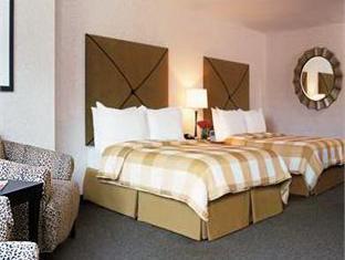 Hotel 71 Wyndham Affiliate Chicago (IL) - Guest Room