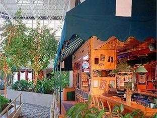 Best Western Royal Plaza Conference Center Hotel Fitchburg (MA) - Coffee Shop/Cafe