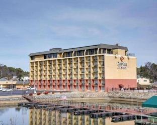 Booking Now ! Clarion Resort On the Lake Hot Springs