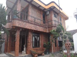Joglo Kalkun Guest House