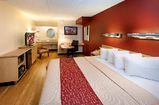Best PayPal Hotel in ➦ Allentown (PA): Econo Lodge Conference Center
