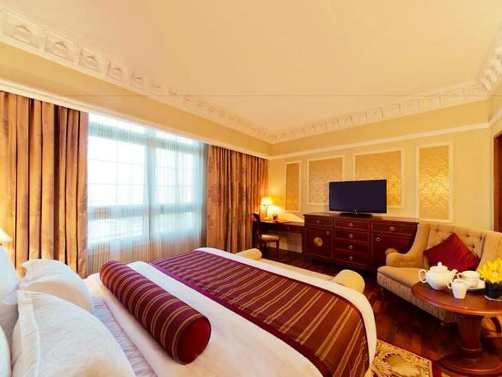 Warwick Doha Hotel photo 3