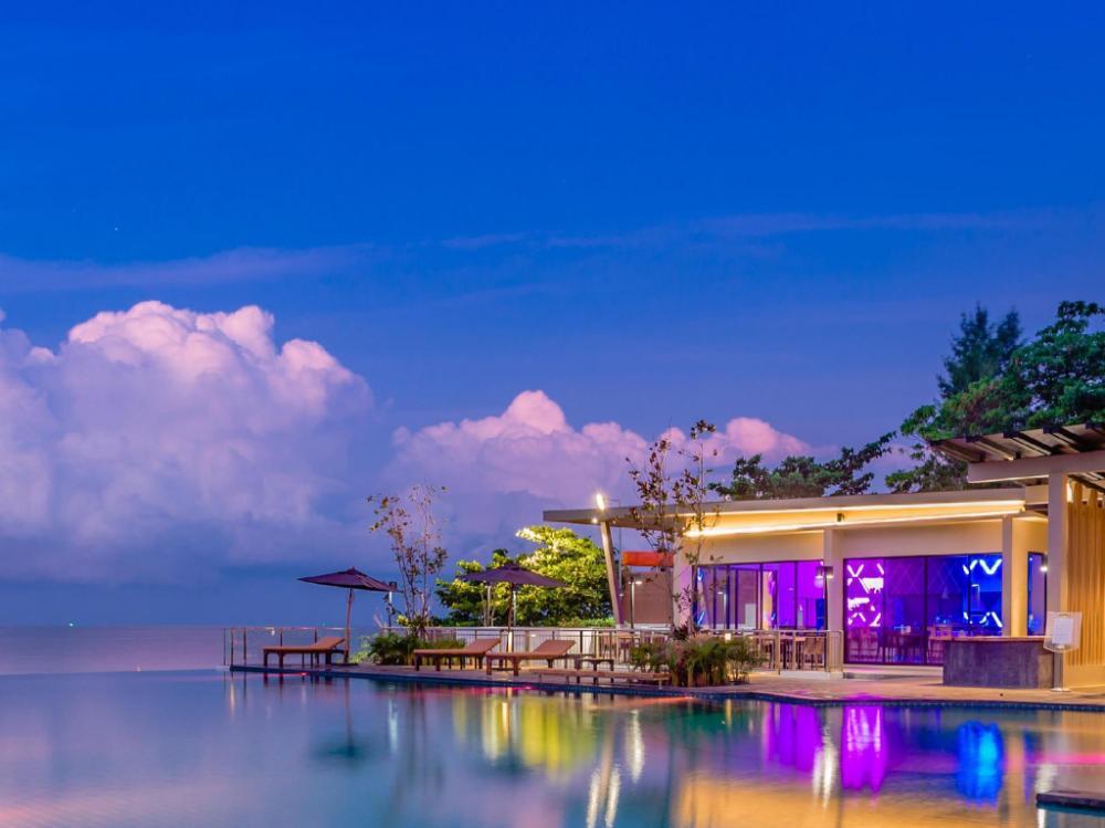 Sand Dunes Chaolao Beach Resort