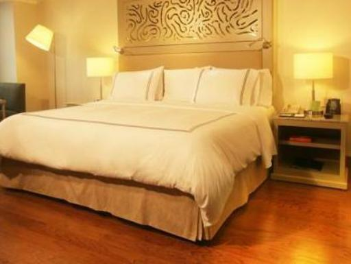 ➦  Hilton Worldwide    (Castile-La Mancha) customer rating