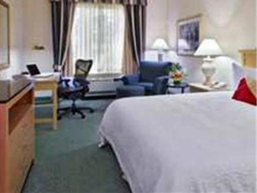 Hilton Garden Inn Fort Myers Hotel hotel accepts paypal in Fort Myers (FL)