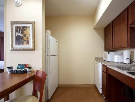 Homewood Suites by Hilton Dulles-North - Loudoun Hotel
