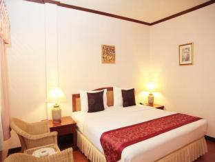 Sabai Lodge Hotel Pattaya - Deluxe B Double Bed