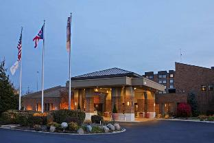 Get Coupons DoubleTree by Hilton Cleveland East Beachwood