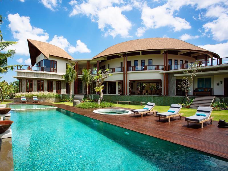 巴厘岛五星级酒店:2