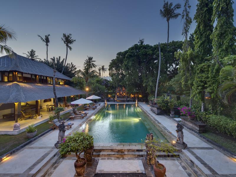 Villa Batujimbar - an elite haven