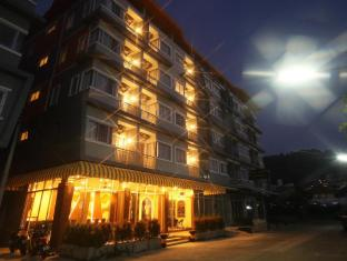 Patong Lily Place Hotel
