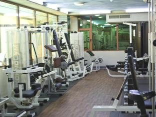 Ramada Palace Hotel Manama - Branded gym for your fitness