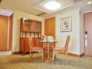 Harbour Plaza North Point Hotel הונג קונג - סוויטה