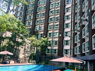 Royal View Hotel Hong Kong - Outdoor Swimming Pool
