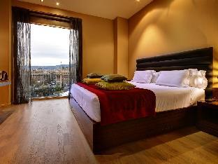 Olivia Plaza Hotel discount
