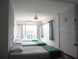 B7 Hostel