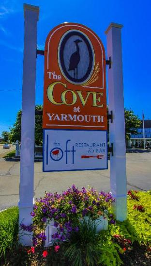 Hotel in ➦ West Yarmouth (MA) ➦ accepts PayPal